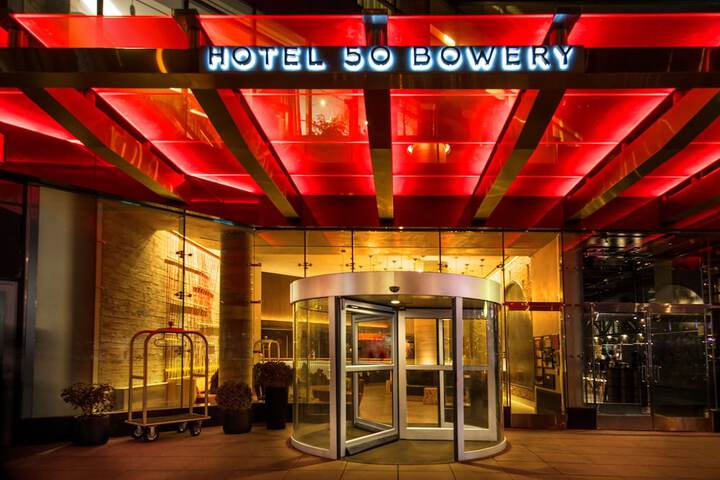 Pet Friendly Hotel 50 Bowery in New York, New York
